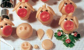Marzipan-Glücksschweinchen