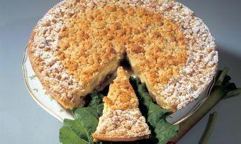 Rhabarber-Amaretti-Kuchen