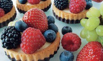 Biskuit-Fruchttörtchen