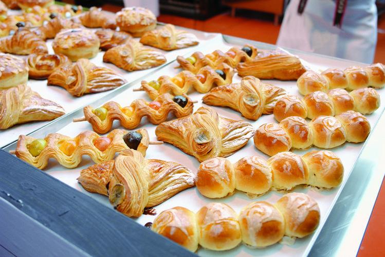 Ein kennzeichen der Messen sind ein umfangreiches Rahmenprogramm mit Wettbewerben für Bäcker und Konditoren: