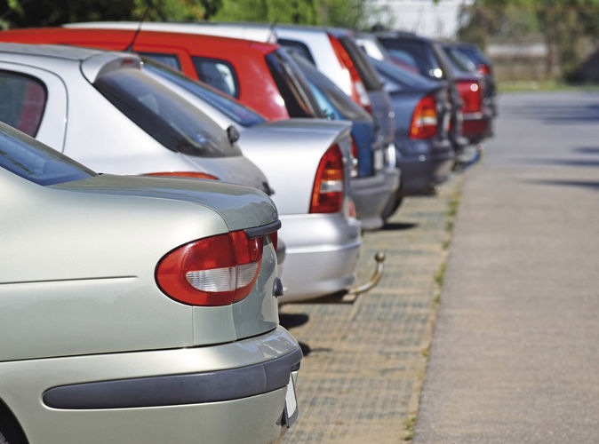 Abgestellt: Firmenparkplätze sind bequem, aber häufig steuerpflichtig.