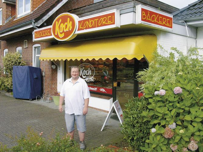 Alles im Griff: Heiko Koch vor seinem Laden, an den sich die Produktionshalle anschließt.