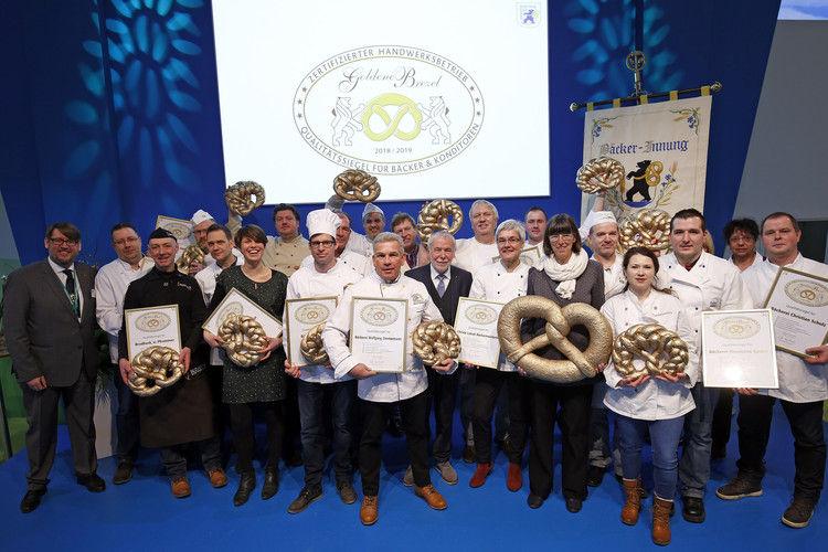 18 Berliner Bäcker erhielten auf der Grünen Woche die Goldene Brezel.