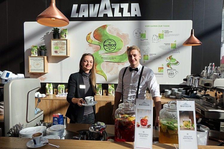 Lavazza zeigt den Weg des Kaffees von der Bohne bis zur Tasse auf.