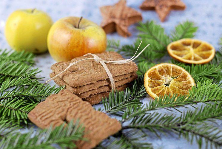 Bereits im September nehmen viele Supermärkte Weihnachtsgebäck in ihr Sortiment auf.