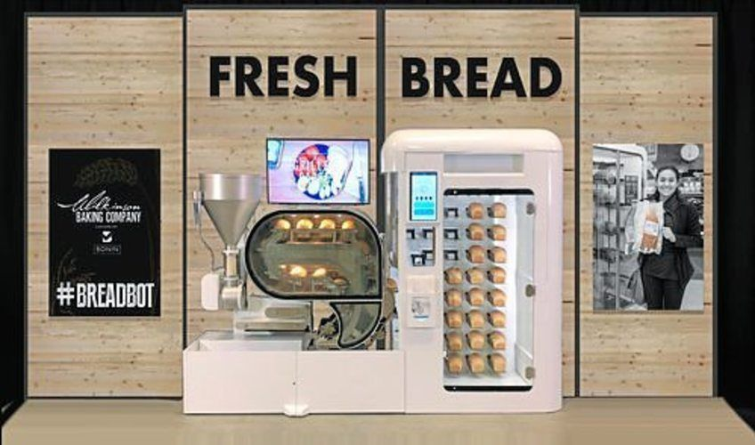 Die Backmaschine von Wilkinson backt Brot voll automatisiert.