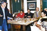 Auf der Regionalversammlung der Innung Rhein-Ruhr (von links): Vom Amt für Verbraucherschutz Dr. Steinbüchel mit Werner Trienekens, Michael Hinkel, Robert Winkels (Innungsvorstand), Josef Hinkel (Regional-OM).