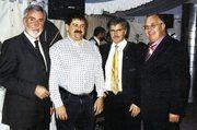 Viel Prominenz gratulierte dem Jubilar Bertold Gillen zum 50. Geburtstag (von links): Präsident der HwK Hans-Alois Kirf, Berthold Gillen, Landtagspräsident Hans Ley, GF Gerd Wohlschlegel.