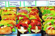 Schnell zu kaufen und sofort verzehrfertig – von diesen Verbrauchererwartungen  profitieren die Snacks vom Bäcker überproportional.