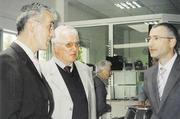 Kollegentreff: Bäko-Geschäftsführer Rochus Ortlieb im Gespräch mit Otmar Möschle und Geschäftsführer Jochen Knorpp von der Bäko Mittelbaden in Karlsruhe (von links).