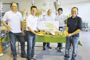 Regionalpartner (von links): Hermann Gütler (Stelzenmühle), Roland Heger (Bäckerei Heger, Immenstaad), Josef Baader (Landbäckerei Baader, Frickingen), Hans Schmeh (Landwirt, Überlingen), Thomas Kempter (Landwirt, Frickingen).