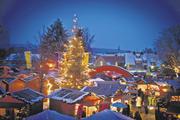 Der stimmungsvolle Adventsmarkt im Häussler Backdorf lockte wieder rund 9000 Besucher und Kunden nach Heiligkreuztal.