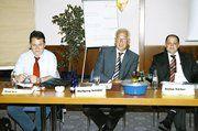 Für Anregungen und Fragen offen waren (von links) OM Rudi Bär, OM Wolfgang Schäfer und Verbandsgeschäftsführer Stefan Körber.