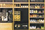 Modular aufgebaut: Kaffeeausschank und Kaffeeverkauf für zu Hause.