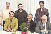 Der Vorstand mit (v.l. stehend) Jürgen Scheubeck, Klaus Jäger und Rainer Heß und (v.l. sitzend) Gerd Baab, OM Hans Spies und GF Peter Putz.