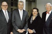 Obermeister Josef Pelzer (von links), Prof. Dr. Friedrich Hubert Esser, Geschäftsführerin Alexandra Dienst und Ehrenobermeister Claus Gerhardt.