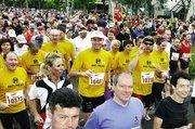 Die Brust + Partner-VIP-Equipe auf dem Baden-Marathon.