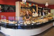 Das Bäcker-Fachgeschäft von Karl Schrafstetter im neuen Kombiladen am Pennymarkt in Nandlstadt.