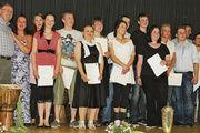 Insgesamt 15 junge Leute konnten von der Bäckerinnung Hameln freigesprochen werden.