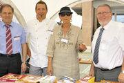 Das Bäckerhandwerk präsentierte sich auf der Ausbildungsmeile (v.l.): GF Helmut Münch, BM Kai Olemutz, Christine Hauck (Ministerium für Klimaschutz, Energie und Landesplanung) und LIM Willi Renner.