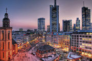 Attraktive Innenstädte: Die Zahl der Passanten und Kunden steigt.