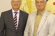 LIM Holger Rathjen und Verbandsgeschäftsführer Heinz Esssel (von rechts).