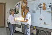 Immer mehr Kunden lassen sich Brot und Brötchen liefern – entweder als Frischware oder als Teigling.