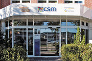 Der international tätige Lebensmittelkonzern CSM erwartet im nächsten Jahr deutlich steigende Kosten und muss deshalb kräftig einsparen.