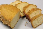 Stevia und Polydextrose machen's möglich: Der Kuchen ist zuckerfrei und hat Volumen.