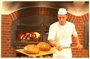 Weckt Appetit im Geschäft: Frisches Brot aus dem Holzbackofen.