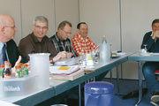 Informieren und planen (von links): Geschäftsführer Heinz Essel, Landesinnungsmeister Holger Rathjen, Thomas Leefen, Klaus-Dieter Lemmermann und Stefan Scharbau auf dem Treffen der schleswig-holsteinischen Obermeister.