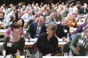 Insgesamt werden vier Pro-Mensch-Foren für Bäcker, Fleischer und Caterer angeboten. In Erlangen wie auch in den Veranstaltungen zuvor waren über 250 Teilnehmer mit viel Spaß dabei. Unter anderem unter dem Motto: Begeisterte Mitarbeiter begeistern die