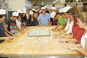 Einer der Höhepunkte des Aufenthalts der spanischen Austauschschüler in der Region war der Besuch in der Bäckerei Kotter.