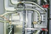 Blick auf Abgaswärmetauscher (oben) und Schwadenkondensator (unten).