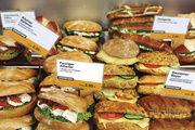 Gebäcke mit Käse werden immer beliebter, deshalb sollten Verkäuferinnen mehr darüber wissen.