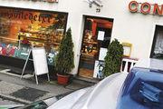 Polizei ist einem Serientäter (siehe Phantombild) in Sachen Bäckerei-Überfall auf der Spur.