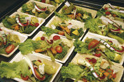 Dem gesundheitsbewussten und eiligen Kunden mit pfiffigen Ideen das Angebot der Bäckerei schmackhaft machen.