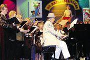 Die Kooperation der Chöre Sängerkranz und Liederkranz besteht sei mehreren Jahren. Höhepunkt in der närrischen Saison ist der gemeinsame Auftritt bei der Backtrogsitzung.