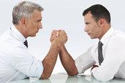 Kräftemessen: Bäckerverbände und Gewerkschaften sitzen sich am Verhandlungstisch unversöhnlich gegenüber.