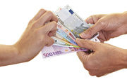 Wie hoch soll die Lohnsteigerung ausfallen? Eine Einigung ist vorerst nicht in Sicht.
