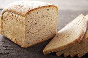 Roggenbrot 90:10 (Roggenmehl Type 1150, Weizenmehl Type 550): Für die elastische Krume mit guter Lockerung und eine lange Frischhaltung ist der Sauerteig maßgeblich verantwortlich.