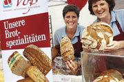 Zufriedene Gesichter (v. l.): Gabriele, Caris und Lothar Wolf (Königsbäck), Sonja Rappold und Iris Voß (Bäckerei Voß).