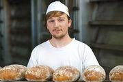 Ob Bäcker oder Verkäuferin – die tarifliche Vergütung der Auszubildenden wird ab September höher.