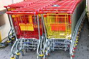 Die stabile Lage am Arbeitsmarkt sorgt im Einzelhandel für Zuversicht.