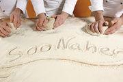 """Ralf und Sefinaz Andrae (unten) bauen auf regionale Produkte: Die Bäckerei Andrae vertreibt die Marke """"SooNahe"""