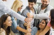 Perspektiven, Freude, Spaß und Vertrauen sind Grundlagen für ein motiviertes Team, für die Bindung der Mitarbeiter und Führungskräfte an das Unternehmen — und für ein gutes Betriebsimage.