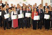 """Die diesjährigen """"Preis der Besten""""-Preisträger erhielten ihre Auszeichnung im festlichen Ambiente des Schlosses Hohenheim."""