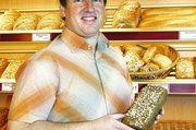 Vertriebsleiter Arnold Sagkob in seiner Digesta-Fachbäckerei freut sich über die wachsende Nachfrage.