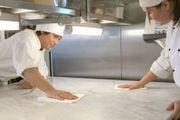 Blitzblank sollten Betriebe sein, doch die Zahl der Beanstandungen in Bäckereien steigt.
