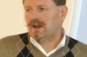 Referent Peter Schürmann bei seinem engagierten Vortrag.